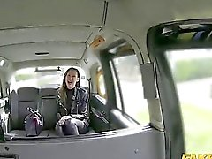 Wife passenger fucking with taxi driver to off her