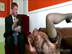 Stud must watch his gorgeous blond mom getting pumped