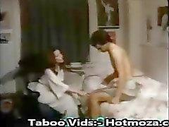 Шаг Мама прельщает Сына своего в трахал её другие видео - hotmoza