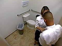 Içinde tuvalet Brandi The Bell oral