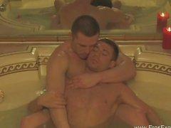 Exotic Gay Kama Sutra Ortaya