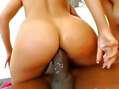 Hardcore anal threesome with hot models
