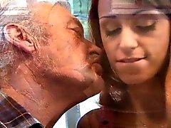 Fortuna vecchio stronzo fotte sexy di teen rossa realmente Erica Fontes