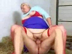 Granny BBW Cecilia Anal