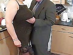 Tette mostruosa della nonna biondo ancora in cazzo duro il 50