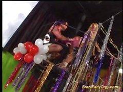 Grupos disco la orgía fiesta de Brasil