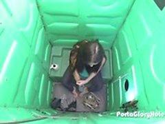 Porta Gloryhole girl 18 ve daha önce hiç görmedi