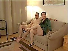 HOT PAAR Duitse amateur paar met brunette mooie tieten