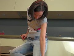 Faye Desperate Jeans Wetting