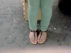 Nice cameltoe in green pants