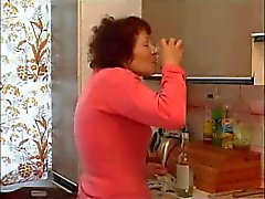 granny masturbating with bottle