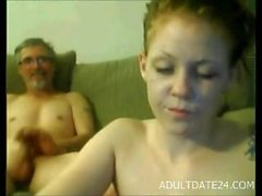 Fuck me gamla smutsiga man som - Pappas dirty för steg dotters