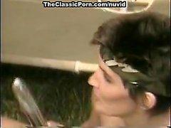 Di Jamie Summers , di Kim Angeli , Tom a Byron nel video porno dell'annata