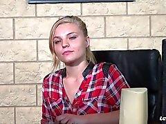 LaNovice - Sindy Lova adore se fait baiser en reverse cowgirl - French