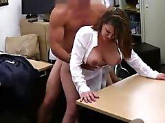 Zorro big boobs negocio dama el coño de la casa de empeño