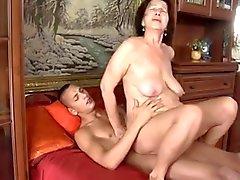 Luder - mit Oma flabby Brüste & Körper fucking mit Typen