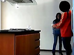 Espionne de Juanito Fuck the Housemaid quatre de l'argent - deux
