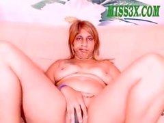 indian bbw mom try to get orgasm