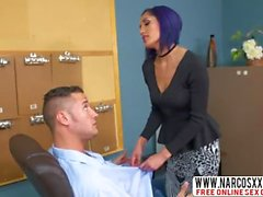 Short Hair Stepmom Chloe Amour In Stockings Fucks Her Son At Work
