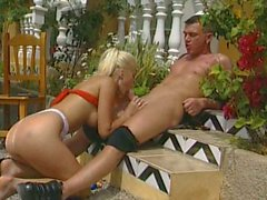 Outdoor sex with blonde bitch