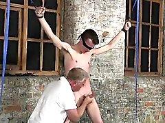 Twink videon Hänen siirappimainen pussi tugged sekä tyhjään ihminen meat olohuon