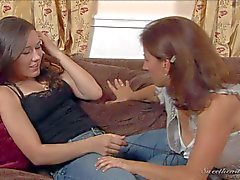Chick in jeans Sinn Sage and Mature Melissa Monet