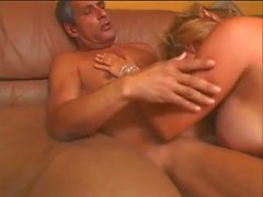 Amateur Blonde MILF Ashley Knight Masturbates and Fucks