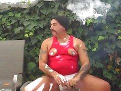 Fumar meu charuto e masturbando