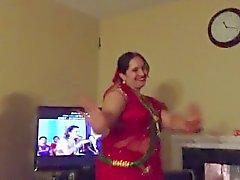 sexiga nepalesiska moster dansande
