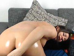 Leigh Darby masturbaatio mustissa sukkana