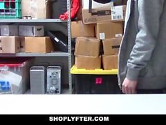 ShopLyfter - Guy Gets Dominated av LP Officer