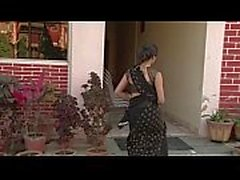 Indian Bhabhi Exposing Big Tits - hotshortfilms