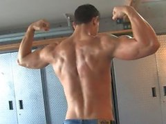 Legendmen Dyson Parker - A HOT Young Bodybuilder Flexing & Jerking
