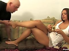Skylar pieds femdom