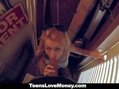 TeensLoveMoney - Teen saa munaa julkinen Cash