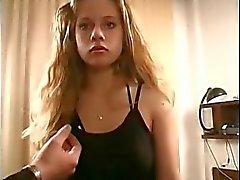 Russisch Teen achtzehn Blenden gefickt und saugte