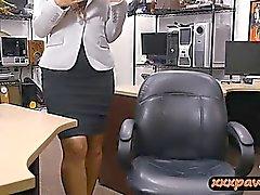 Firm arsle tjej railed av otäck bonden snubbe vid pantbank