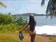 Heather deep gets caught giving deepthroat throatpie outdoor on beach by to