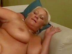 Cecilya geht analen