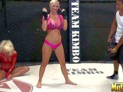 Les boxeurs incroyable sexy de de Molly de Cavalli et la Jana Cova