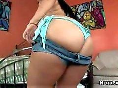 Latina Cynthia Bang Gets Slammed