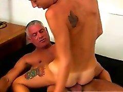 Boy Homosexuell Sex in voller Länge Josh Ford ist die Art von Muskel dadd