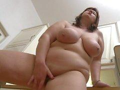 bbw milf grosse titten mastorbieren