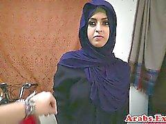 Arabiska Brud throathed och knullade bollar djup