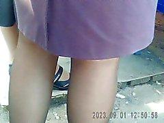Mature legs in pantyhose! Amateur hidden cam!