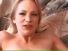 Aaliyan Jolie - Teen karvainen pussy creampie