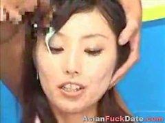 Маленькая Asian Глубокий Anal