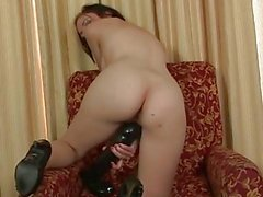 Red Hot Slut Stretches Her Snatc...