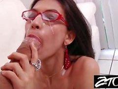 Heather Vahn brunette gets a cumshot all over her glasses