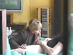 French Milf doing a blowjob (hidden cam)